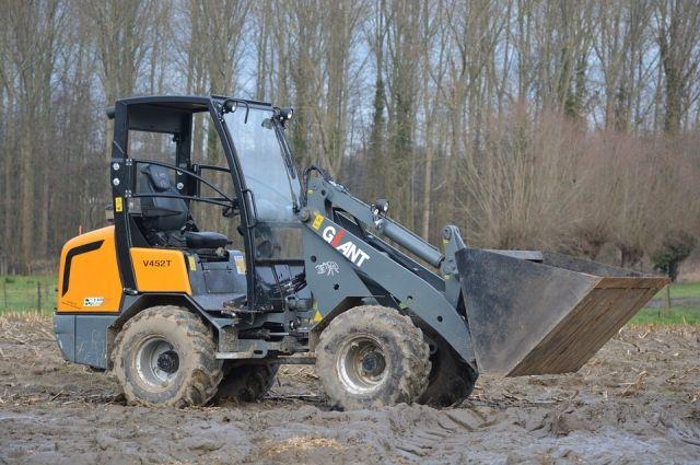 Трактор насмерть раздавил девушку в Сергиевом Посаде