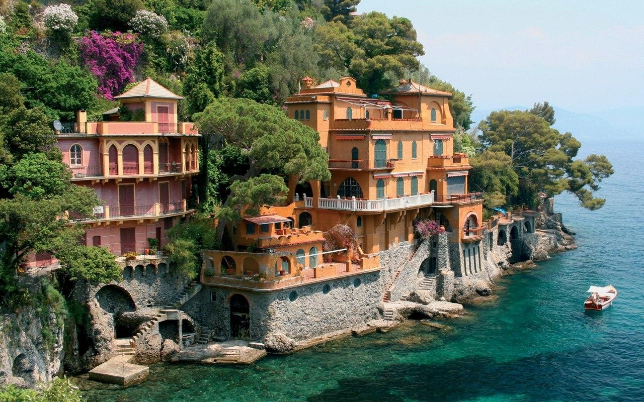 Портофино (Италия) - излюбленный курорт богатых и знаменитых