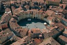 Лукка: площадь Амфитеатра и ее преображения на протяжении веков