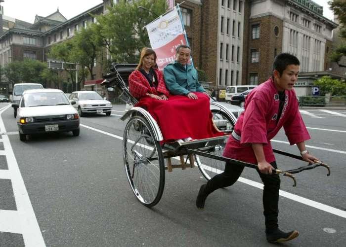 Самые странные транспортные средства из разных уголков мира