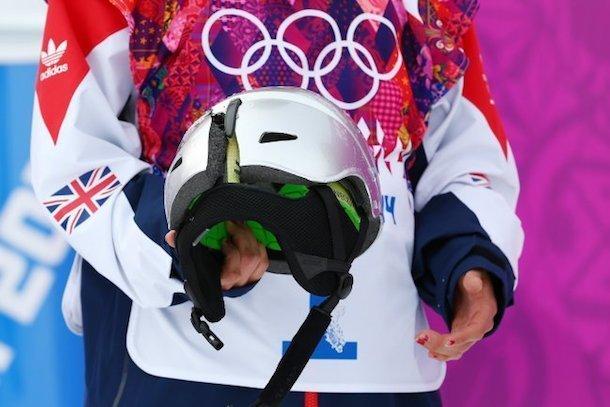 12. Случай на Олимпийских играх в Сочи, когда спорстсмен остался жив благодаря шлему безопасность, береги жизнь, велосипедный шлем, каски, опасно, шлемы, экстрим