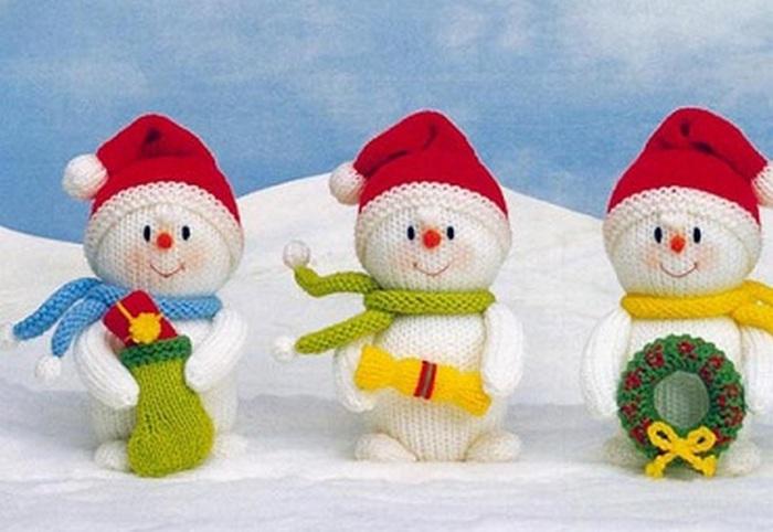 Вязаные снеговички