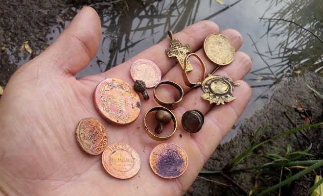 Затопленный царский пляж: монеты и ценности больше века лежали под слоем грязи