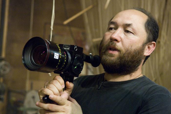 Тимур Бекмамбетов назвал аморальной борьбу с кинопиратами