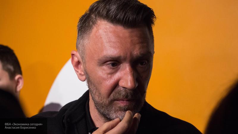 """Шнуров заявил, что в будущем у группы """"Ленинград"""" может появиться новый солист"""