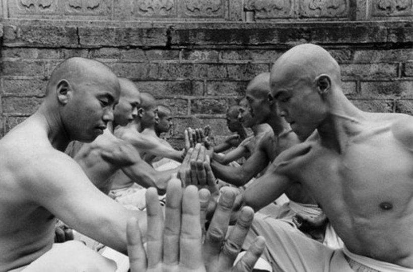 Сверхчеловеческие способности монахов Шаолиня, которые восхищают и пугают