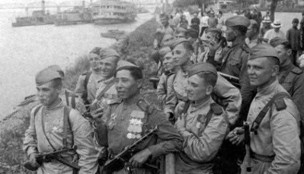 Как разведгруппа РККА из 25 человек разгромила 5-тысячный гарнизон