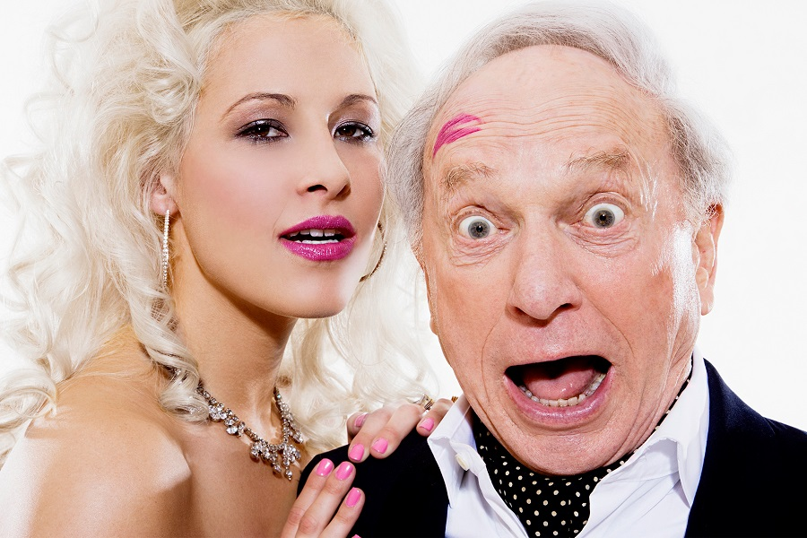 фото старичков с молодыми девушками мадонну мэрилином