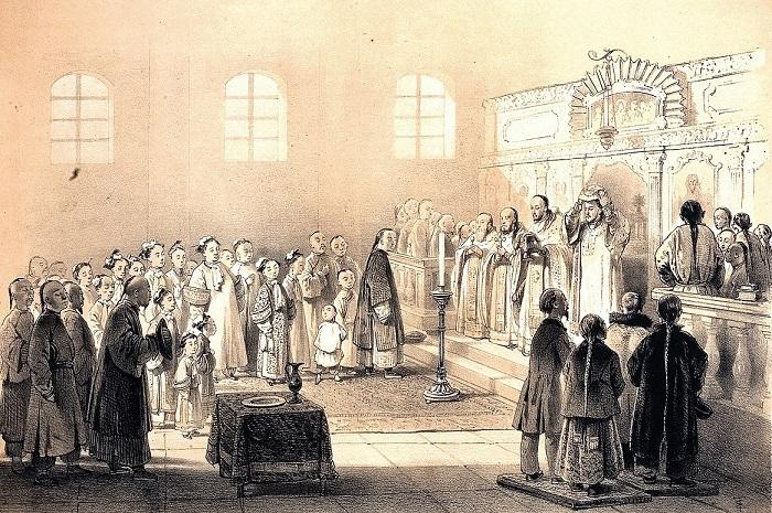Албазинцы на литургии в православном храме.