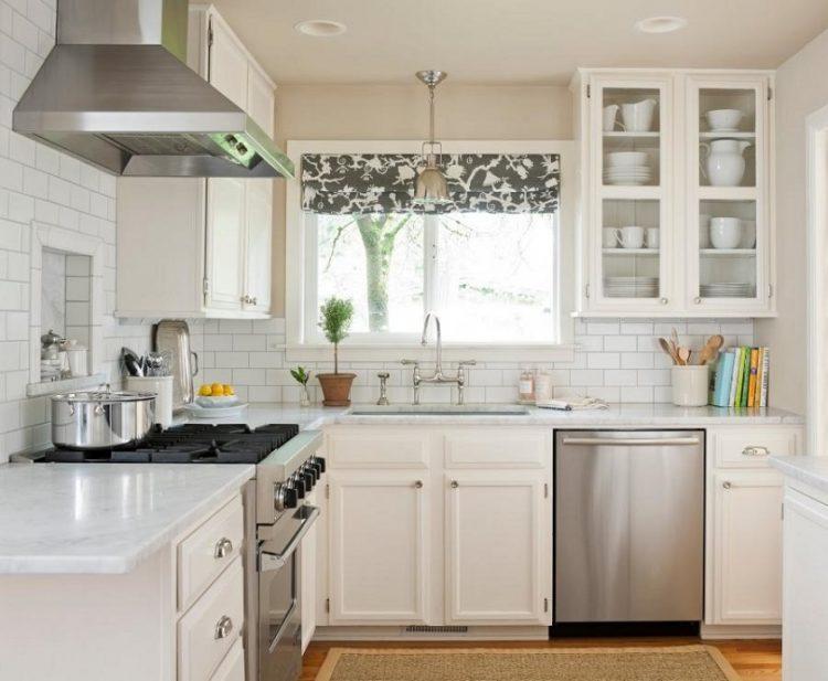 Маленькая кухня — не катастрофа. 10 лайфхаков