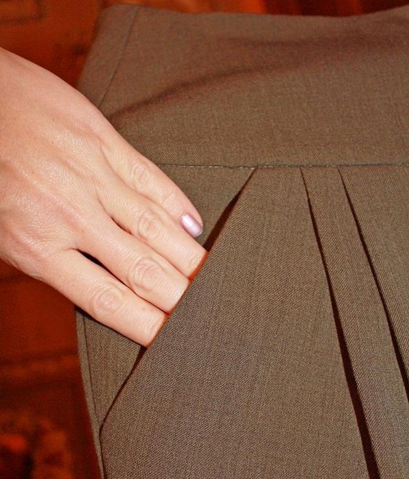 Технология обработки бокового кармана с отрезным бочком