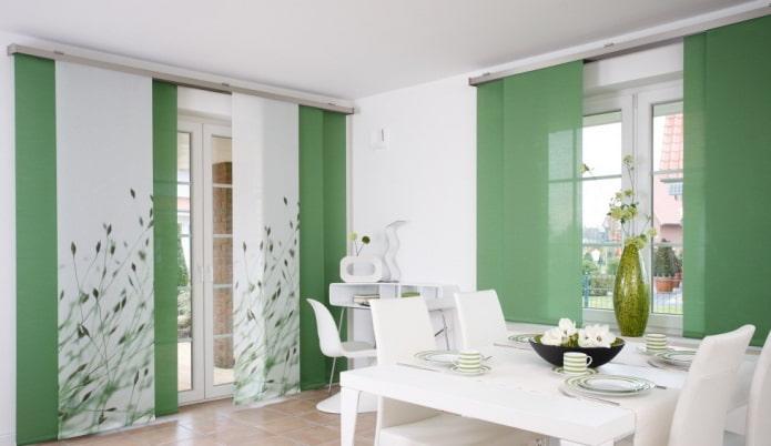 японские панели зеленого цвета