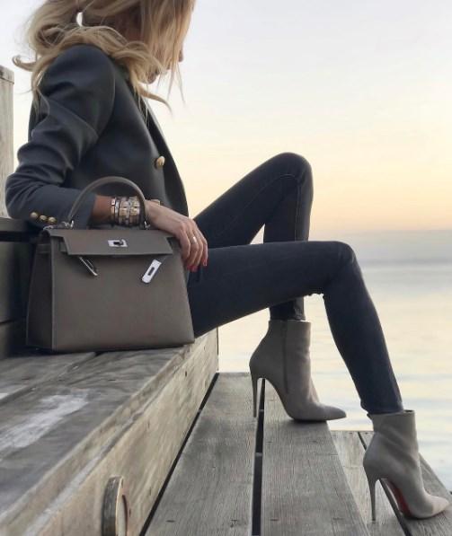 27882ef867b4 Именно под таким лозунгом прошли показы большинства дизайнеров и модных  домов нового сезона. Не зависимо от размера, вида и предназначения сумок,  ...