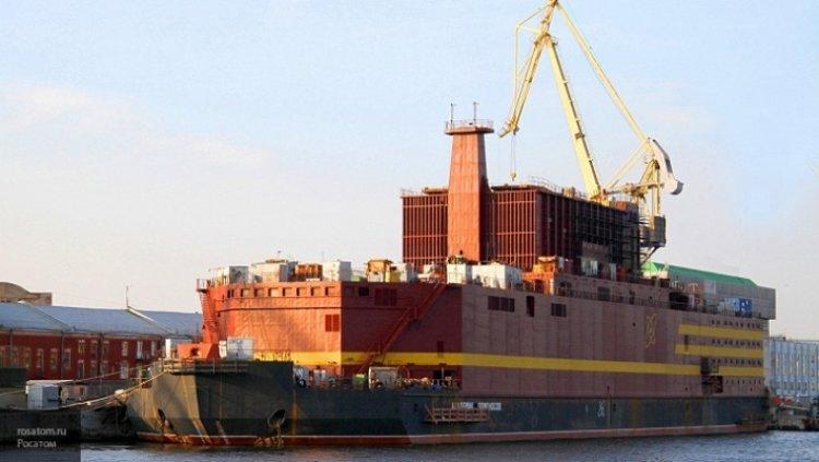 Первый в мире плавучий атомный энергоблок «Академик Ломоносов» на испытаниях