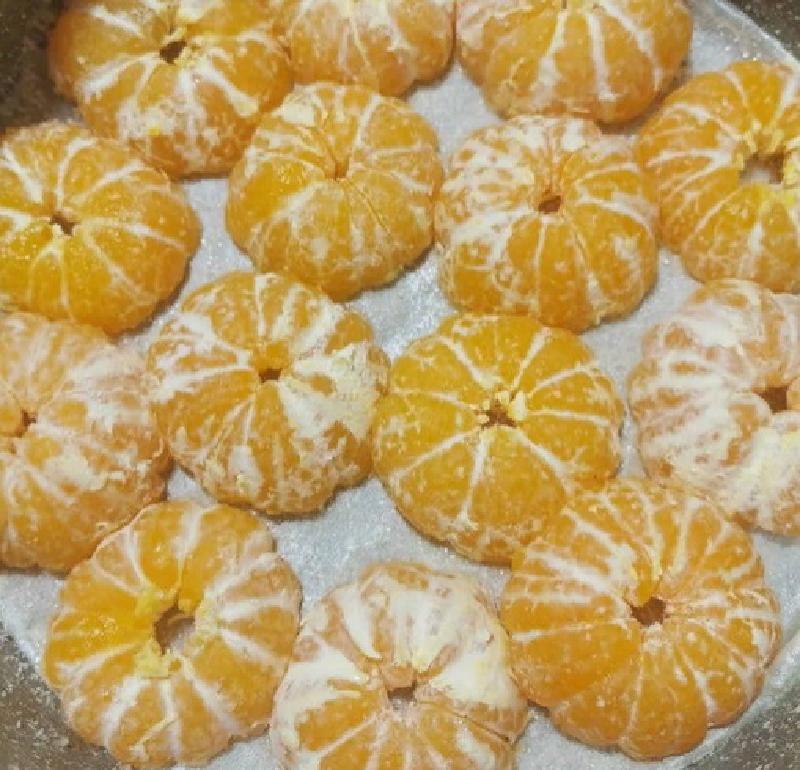 """""""Высокий, нежный бисквит и сочный мандарин"""": Наталия Антонова поделилась новогодним рецептом пирога кулинария,кухонька"""