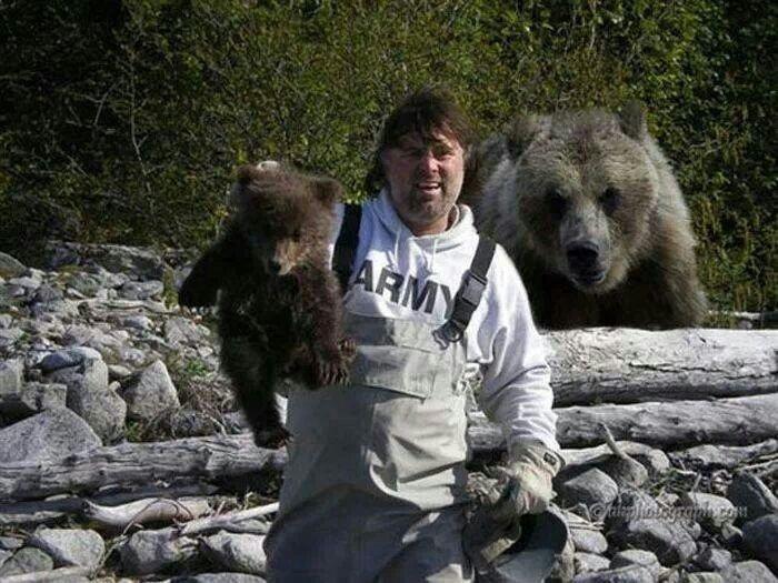 Не злите маму-медведицу! | Фото: Политикус.