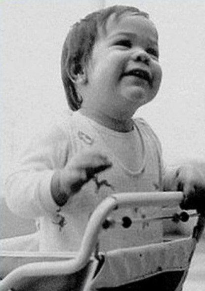 Узнаете ли вы будущих знаменитостей на этих детских фотографиях?