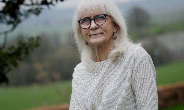 Учёные обнаружили генетическую мутацию у женщины, которая не чувствует боли, никогда ничего не боится и не нервничает жизненное