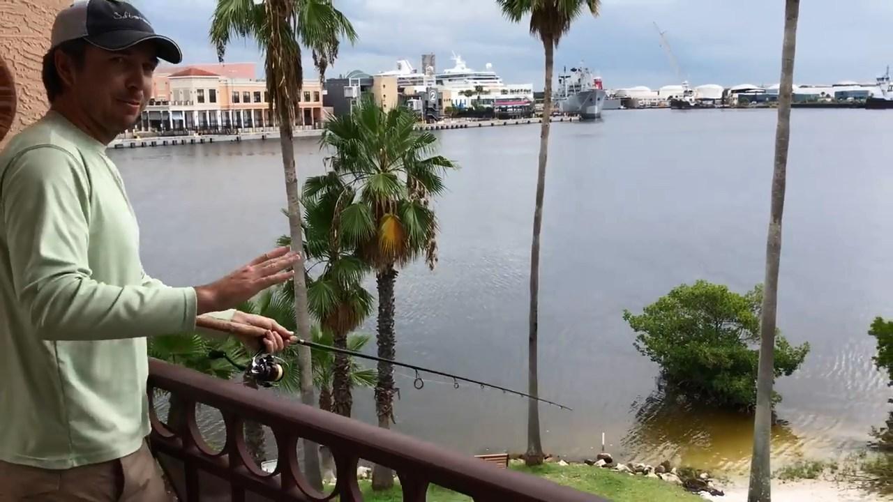 Ловля рыбы с балкона третьего этажа