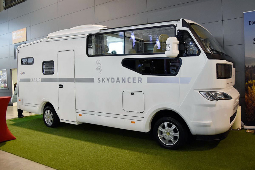 Кемпер-кабриолет, который подойдет для незабываемых путешествий на выходные