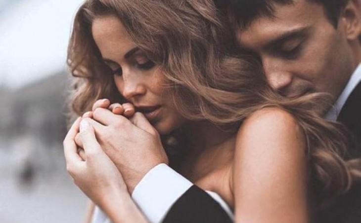 Хороший любовник – это прежде всего тот, у которого все в порядке с головой и потом уже с потeнцией