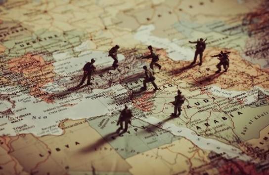 США уничтожают неподконтрольные страны Ближнего Востока