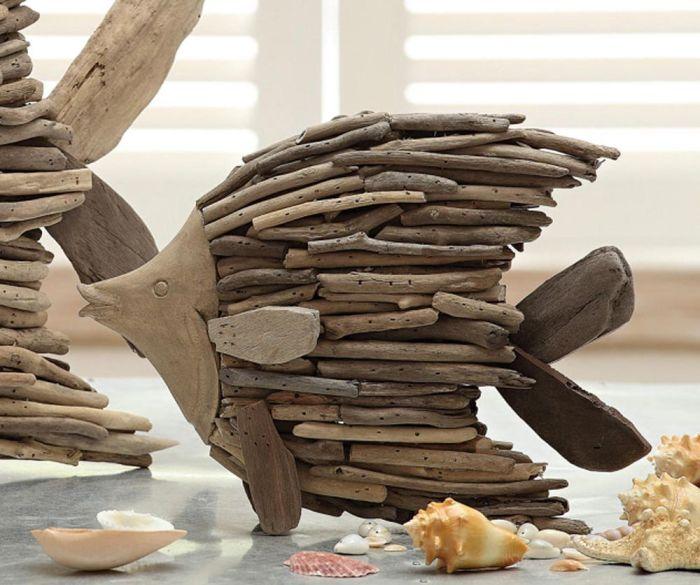 Очень много необычных, стильных и полезных вещей для дома, можно сделать из древесины, которая всегда под рукой.