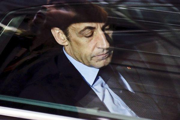Экс-президент Франции аресто…