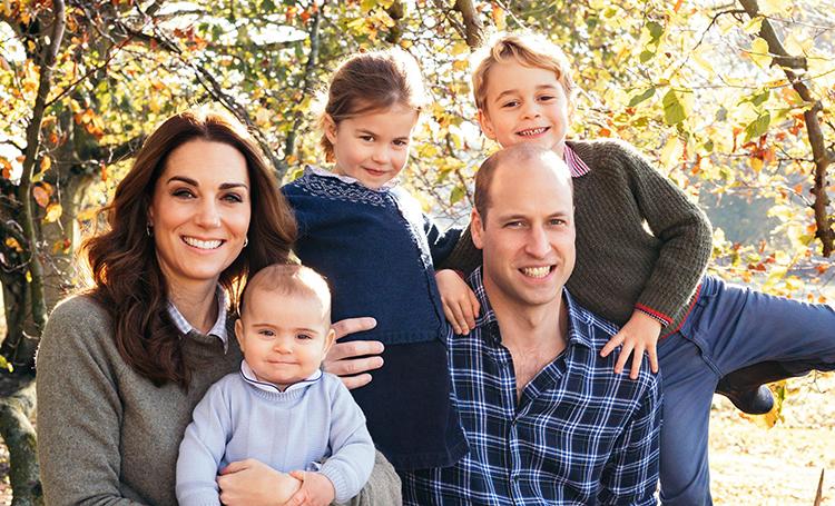 Дети Кейт Миддлтон и принца Уильяма и другие члены королевской семьи поучаствовали в национальном флешмобе