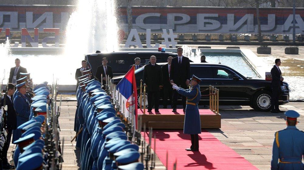 «Встречали как героя»: в Лондоне позавидовали популярности Путина в Сербии