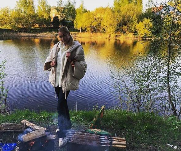 Хейтеры обругали Волочкову за георгиевскую ленточку
