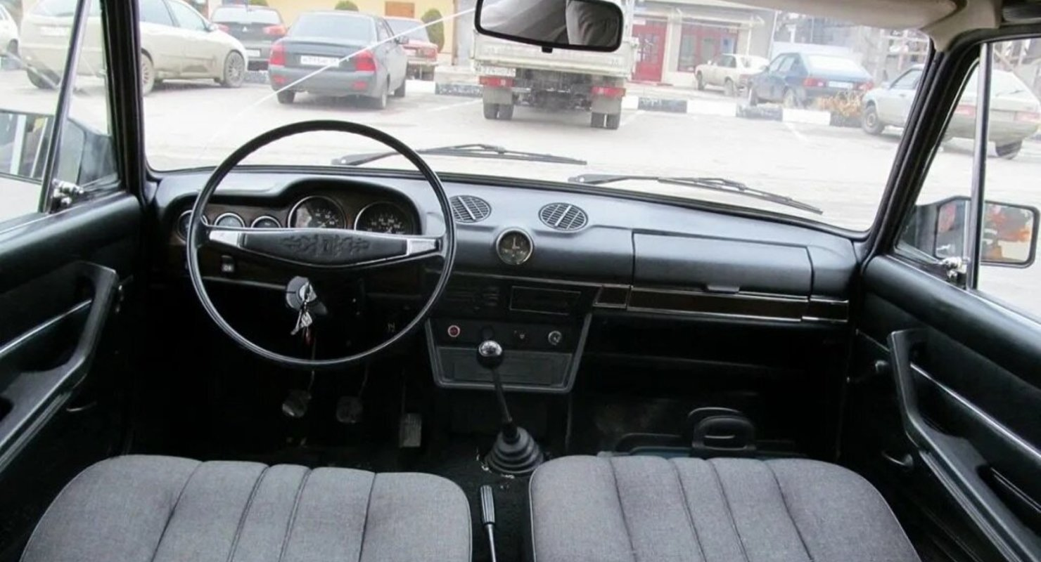 Вернёмся в СССР, какими мы помним салоны отечественных автомобилей Жигули Автограмота