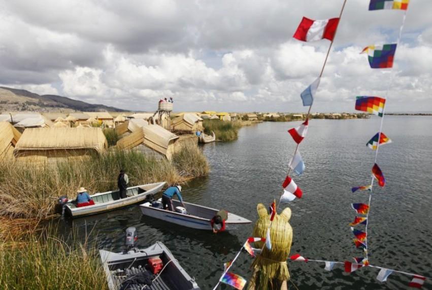 terraoko 2014111906 71 Плавающие деревни в Перу.