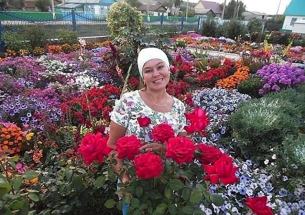 Цветочный рай прекрасной жен…