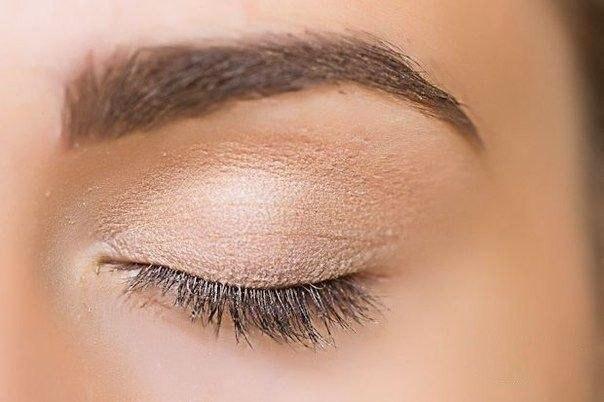 Дневной макияж со стрелками …