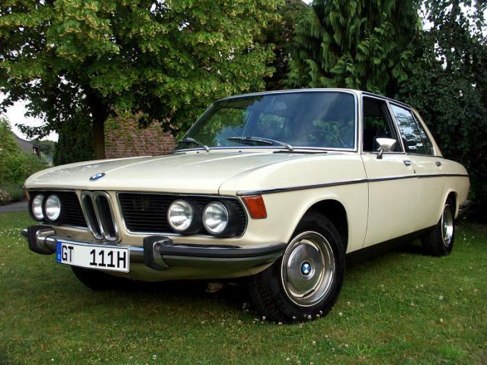 BMW 2500 Высоцкого, которую он разбил.