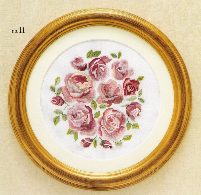 Немножко милой цветочной вышивки крестом со схемами