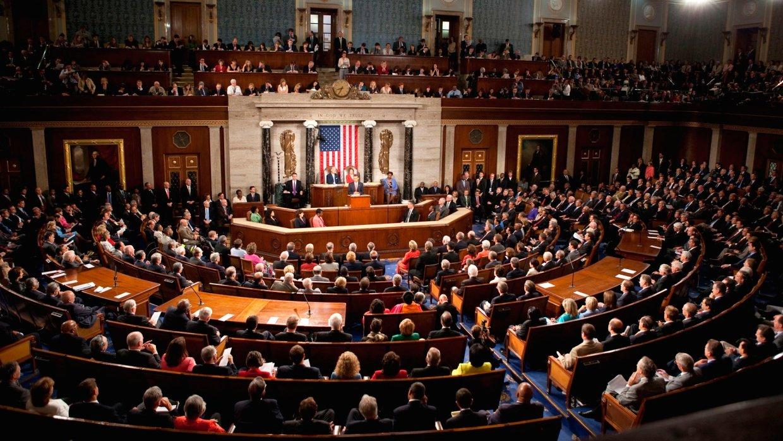 Сенат США принял проект обор…