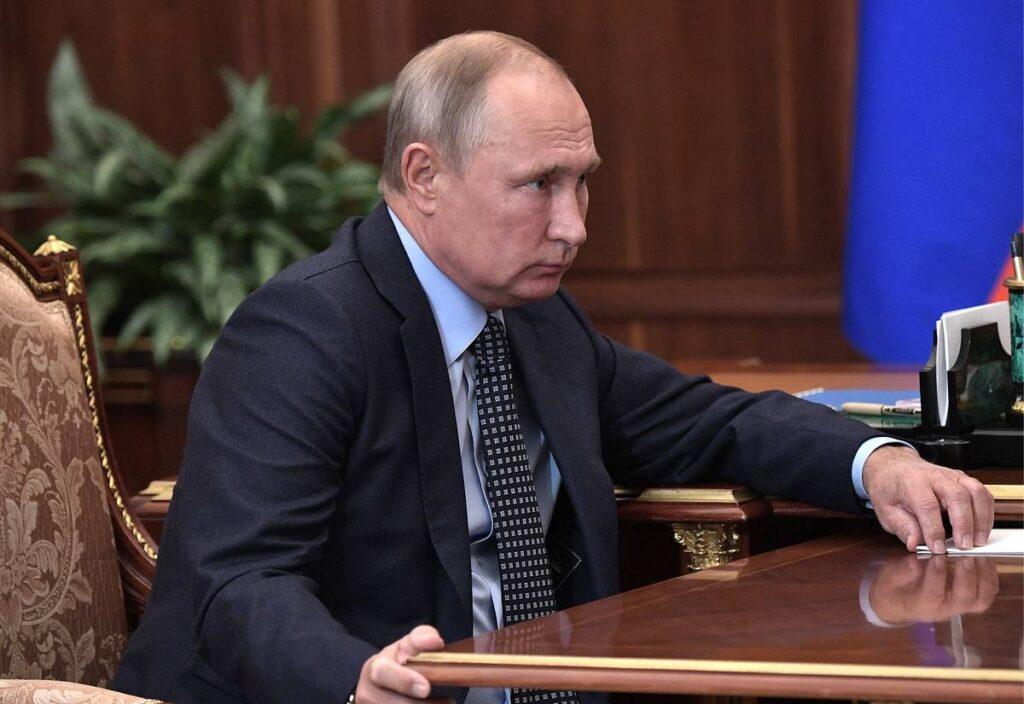 Путин устроит тотальную «чистку» в элитах, чтобы спасти экономику России