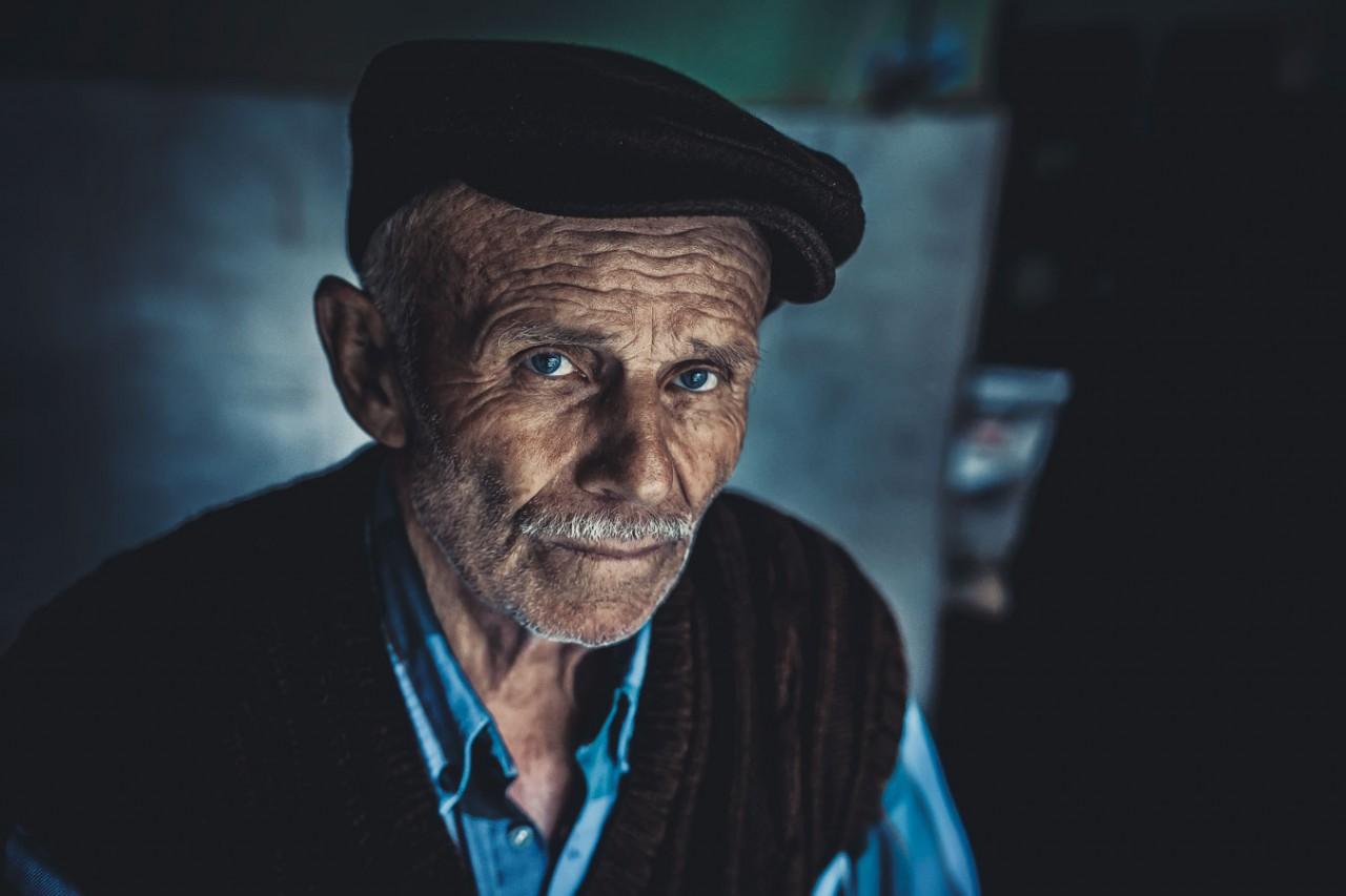 Почему пенсионеры ходят голо…