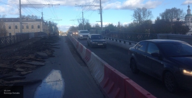 В Вологде в эти выходные перекроют Октябрьский мост