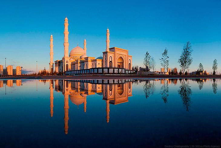 Самая крупная мечеть в Центральной Азии