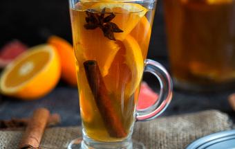 Чай с апельсинами, корицей и имбирем