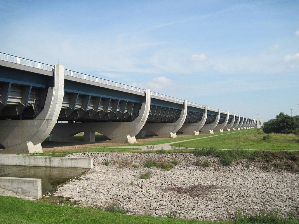 популяризации водный мост в бельгии фото этого розыгрыша вам