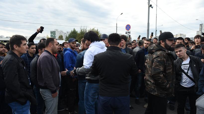 Названы основные страны-«поставщики» мигрантов в Россию