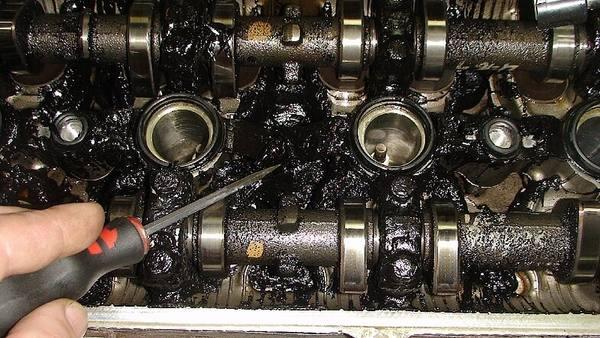 Как выглядит двигатель, поработавший без масла?