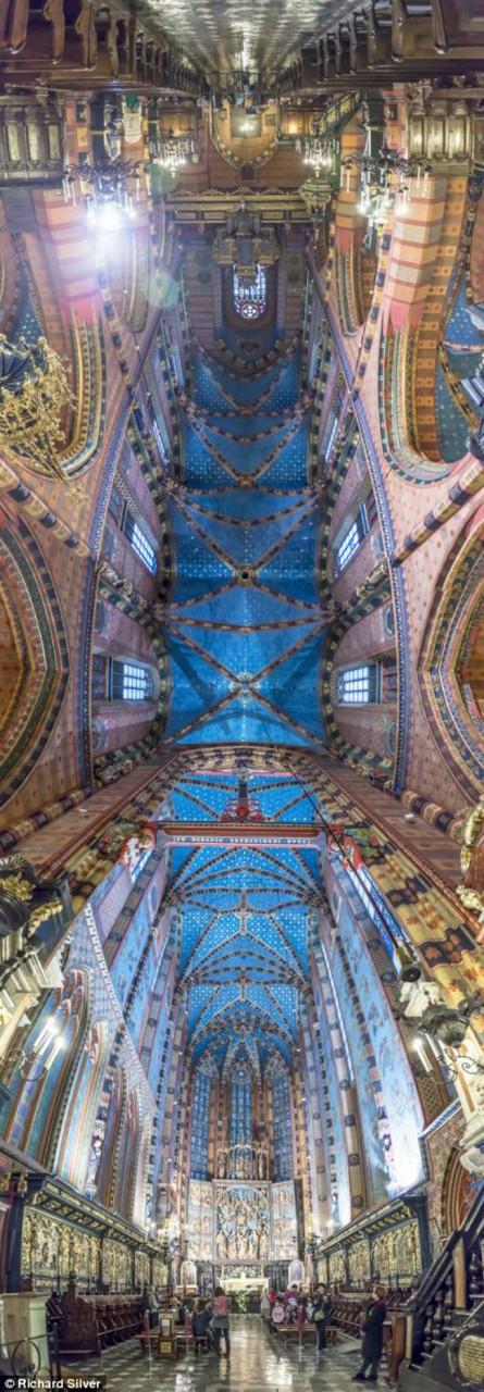 Потрясающие панорамные церковные потолки Ричарда Сильвера