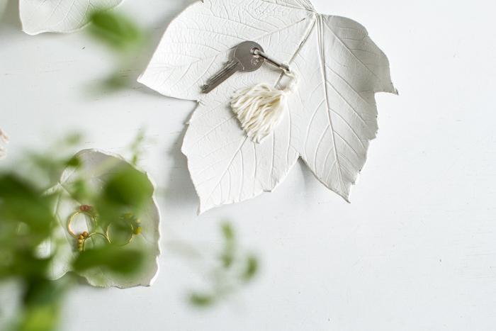 САМОДЕЛКИ. Как сделать вазочку или подсвечник из глины