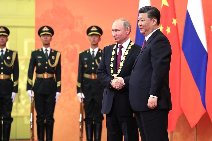 Евразийская G-8 против западной G-7. Почему Россия оказалась среди стран Востока?