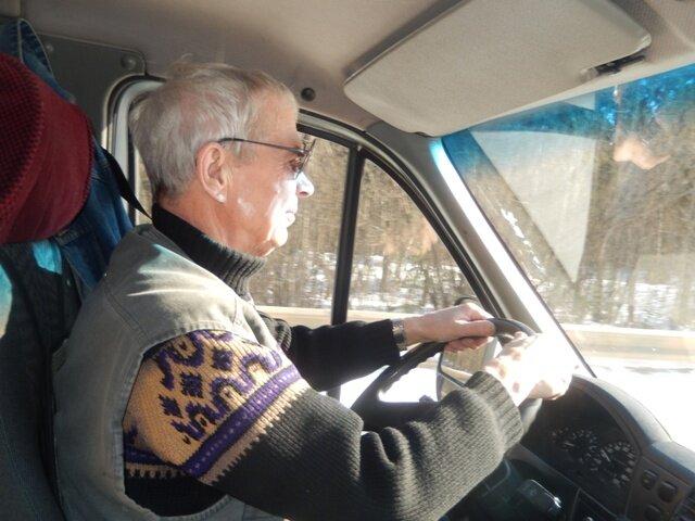 Юрист рассказал, до какого возраста можно водить автомобиль по закону
